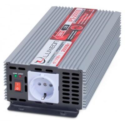 Инвертор 12В-220В Luxeon IPS-2000S